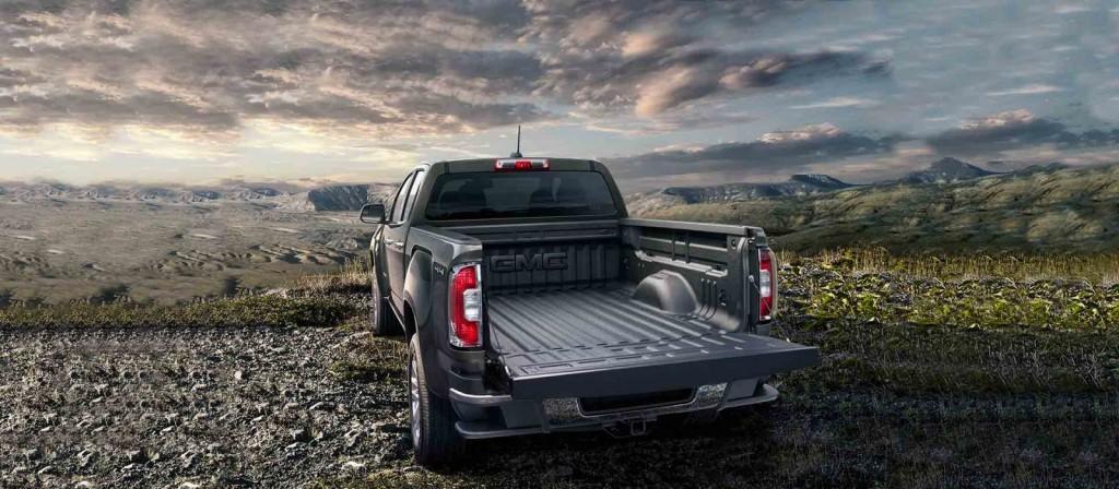 new 2015 GMC Canyon tailgate Raleigh Wendell